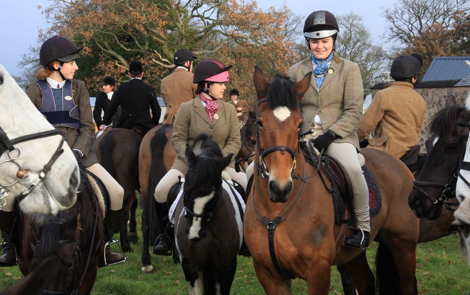 Flint & Denbigh Hunt Pony Club Meet 2011
