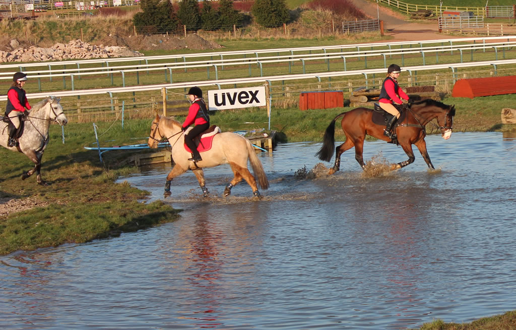 Pony Club XC Training at Kelshall